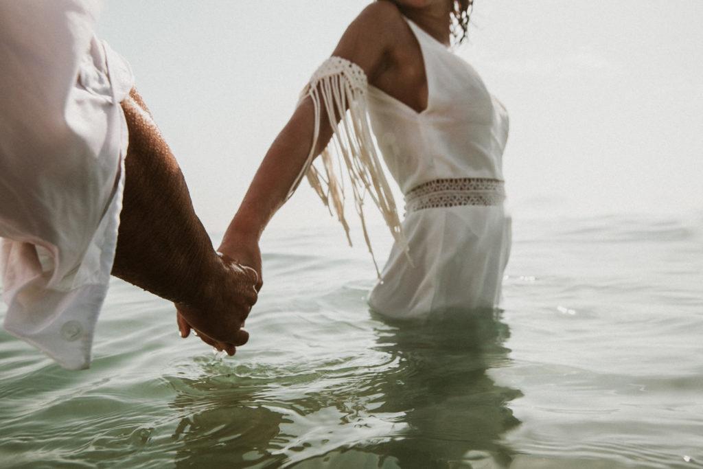 mariage aquatique à la mer