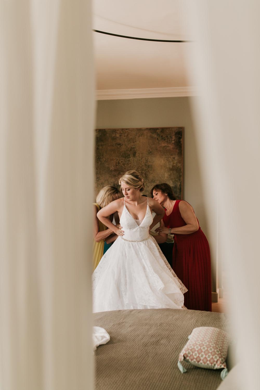 Photographe préparatifs de mariage Montpellier