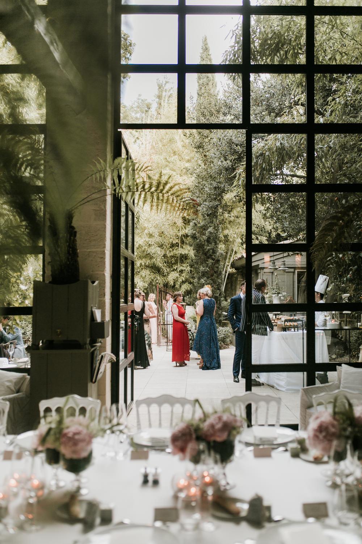 Photographe vin d'honneur de mariage à Avignon
